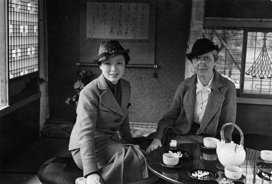 米国人女性が見た昭和初期の女性たち   ナショナルジオグラフィック ...