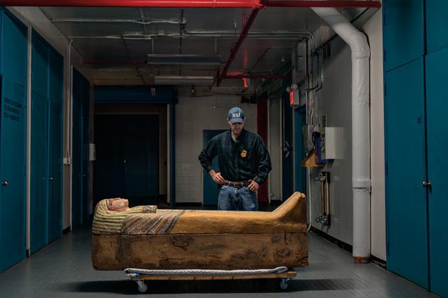 略奪される歴史 文化財の闇取引を追う | ナショナルジオグラフィック ...