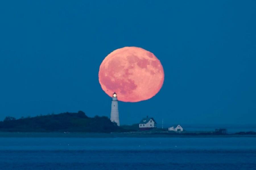 【宇宙】〈動画ニュース〉トリックなし! 巨大な月が沈む動画 NASA[05/11]