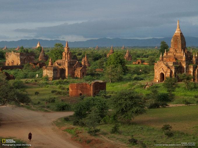 古都パガンに立ちならぶ仏塔(ミャンマー) | ナショナルジオグラフィック日本版サイト