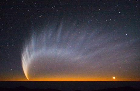 マックノート彗星は観測史上最大...