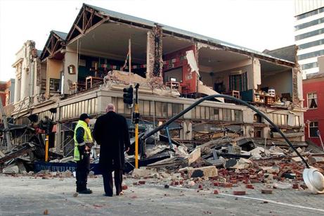 9月4日(現地時間)ニュージーランドで発生した地震により、壁が崩壊した建物。