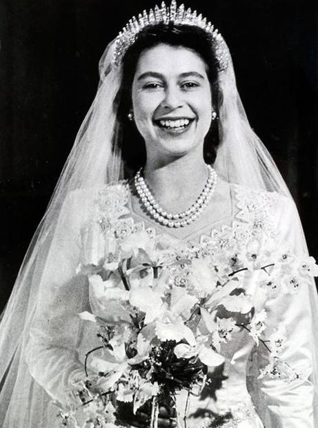 時代を表すドレス、英王室ウェデ...