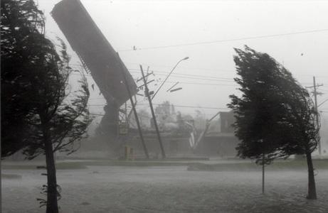 ハリケーン、地球の巨大エネルギー   ナショナルジオグラフィック日本 ...