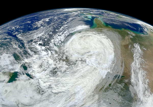 気象衛星データ、最大4年半欠落...