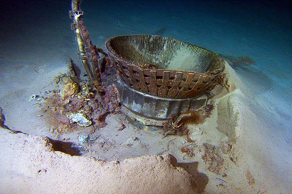 アポロのエンジン、海底から回収...