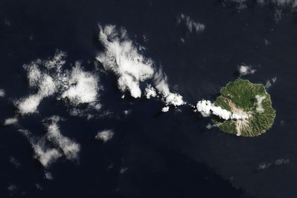 噴火の名残、ロカテンダ火山 | ...