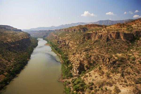 川 の ナイル ダム エジプト