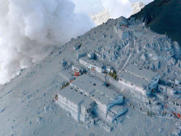 数十人が死亡、御嶽山噴火を検証ナショナルジオグラフィック日本版サイト