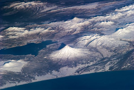 カムチャツカの火山群の画像 p1_6