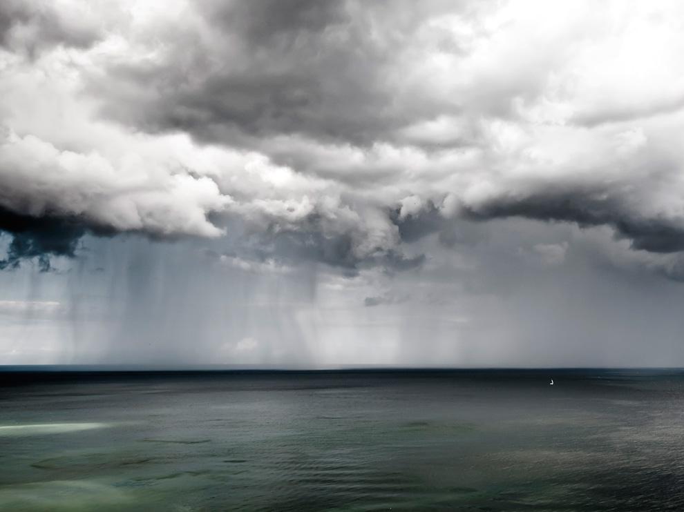 暴風雨の海、ドイツ   ナショナ...